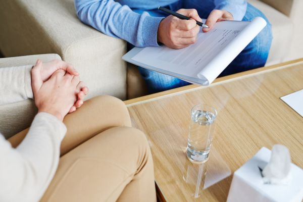 Seeing A Psychiatrist For Mental Illness [What To Expect]